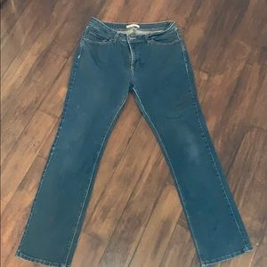 Lee size 14 perfect fit just below the waist jeans